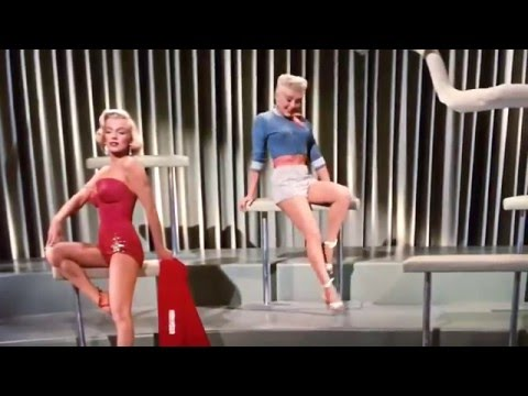 How to Marry a Millionaire Betty Grable & Marilyn Monroe Lookie Lookie Lookie fashion show