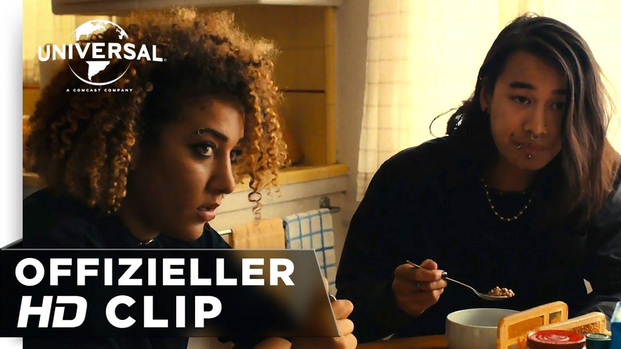 "Lady Bird - Filmclip ""Familienfrühstück"" deutsch/german HD"