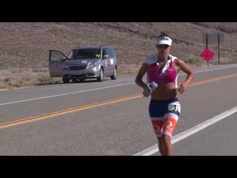 2015 Nutrimatix Badwater 135 - Leaders summit Towne Pass