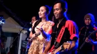 Download Video DINDING KACA - ANDIEN SELYA ft. FENDIK SULING - OM.PUTRA GRG JOMBANG MP3 3GP MP4