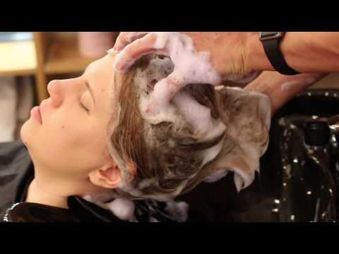 Видео как мыть голову в поезде