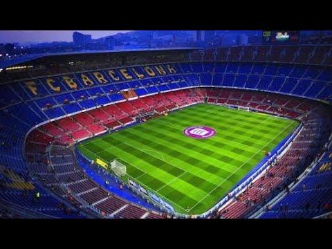 كم طول وعرض ملعب كرة القدم
