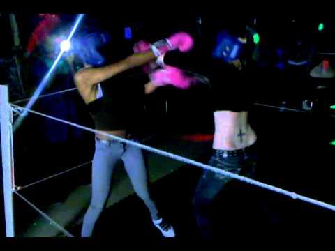Playhouse Foxy Boxing.3gp