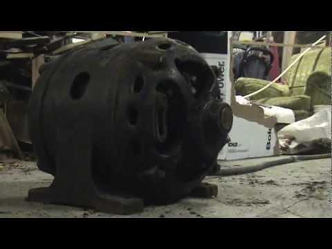 Century Electric Motor >> 90 year old 2hp Century RI electric motor - YouTube