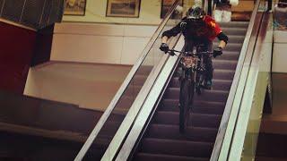 Alışveriş Merkezinde Bisiklet Yarışı - 29 Ekim Özel