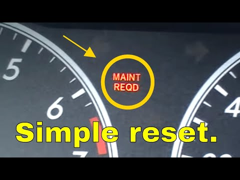 2010 toyota camry maintenance required light