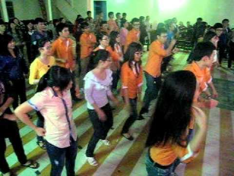 Nhảy dân vũ Chicken dance DBA