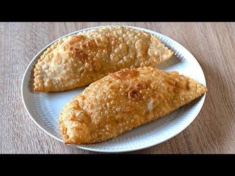 CHEBUREKI - Empanadas de carne crujientes por fuera y jugosas por dentro. MASA de empanadas fácil