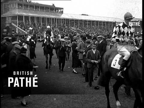 Pitmen's Derby At Gosforth Park (1937)