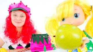 Шарлотта и угадайка фруктов. Игры для детей. Видео для детей