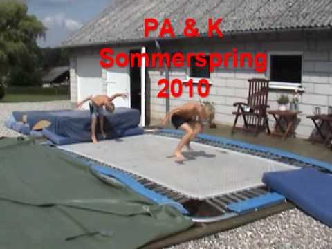 Smuk Pa & k springer i Stortrampolin 2010 - YouTube HW-48