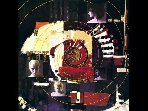 Siouxsie and the Banshees - GUN