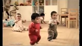פרסומת לקיט קאט   ילדים רוקדים Kit Kat Dancing Kids