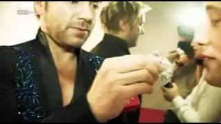 Uwe Kröger in seiner Gaderobe bei Dancing Stars