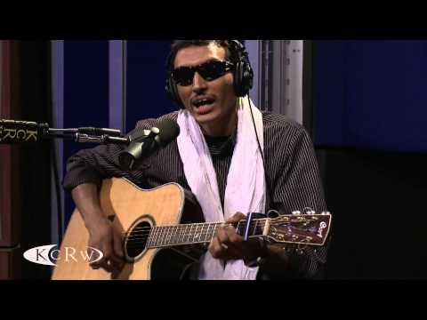 "Bombino performing ""Tiguitewen Oddanes"" Live on KCRW"