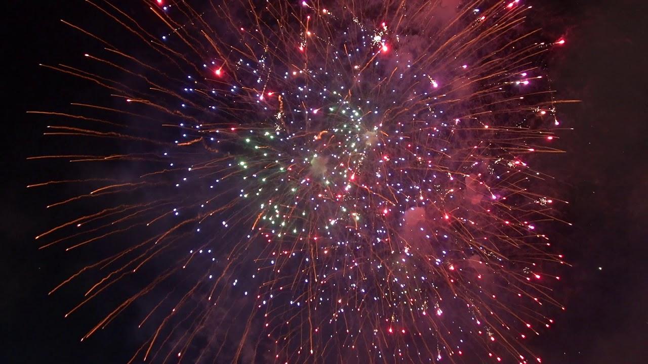 10 mins of International Fireworks at Merlion Park Singapore 2019-02-09