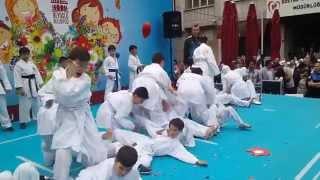 23 nisan Beyoğlu çocuk şenliği Karate gösterisi. Kaptanpaşa imam hatip, Sefa Dosem Spor Kulübü