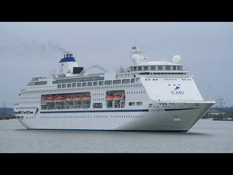 cruise ship COLUMBUS arriving at tilbury 5/1/18