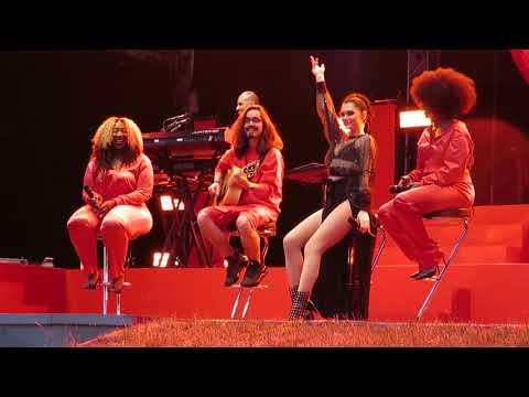 Jessie J Flashlight, Thunder & Stand up acoustic