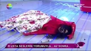 Bülent Ersoy canlı yayında bayıldı 2017 Video