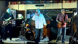 Smash it up - The Kicks @ Charisma 23.04.2011 Damned cover.avi