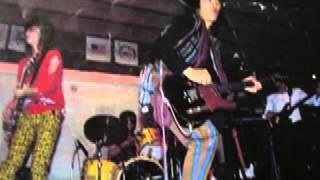 Live at A C B '81 デビュー前のアマチュア時代の貴重音源 こちらはUZU...