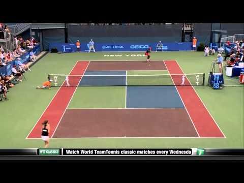 Martina Hingis vs Serena Williams Highlights From 2011 WTT Sportimes vs Kastles