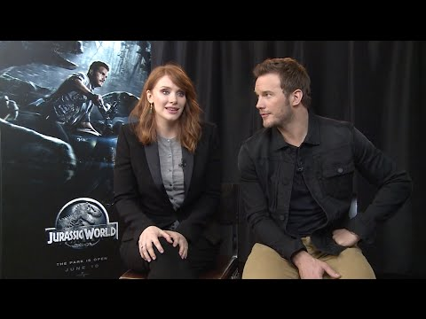 Jurassic World's Chris Pratt and Bryce Dallas Howard have a scream-off!