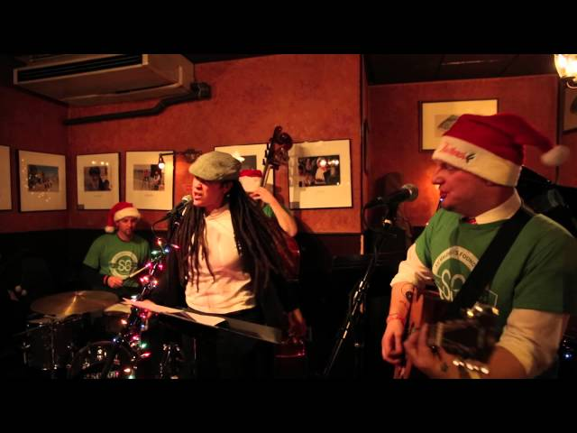 Like Ooh - Live at Cafe Vivaldi (Dec 2014)