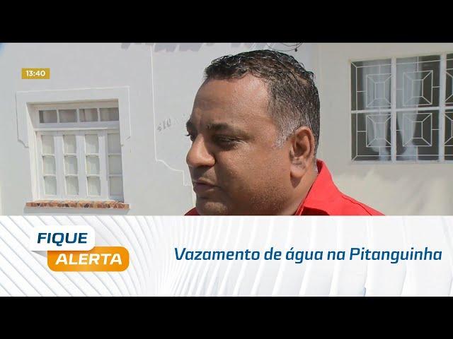 Vazamento de água na Pitanguinha já passa de duas semanas