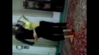 vuclip Persian Girls Dancing like Madona... raghse sexy dokhtare irani