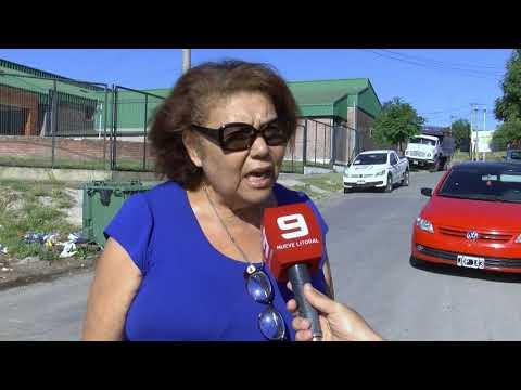 Suciedad alrededor de la Escuela Esparza de Paraná