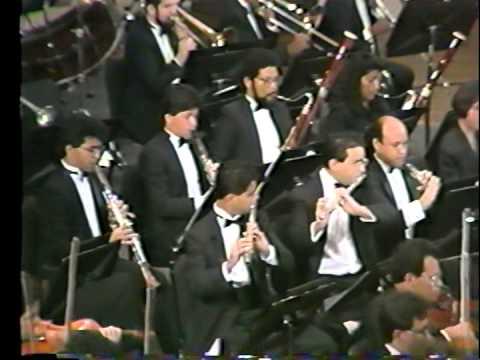 II Eduardo Mata dirigiendo la orquesta Simón Bolivar Shubert, Mahler y Strauss
