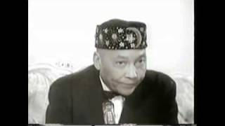 Repeat youtube video An Interview with The Honorable Elijah Muhammad & Saviour's Day 1973