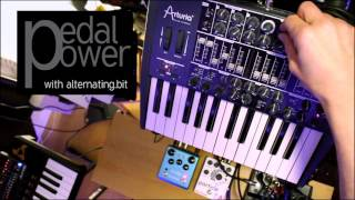 Guitar Pedals with a Synthesizer - minimal techno