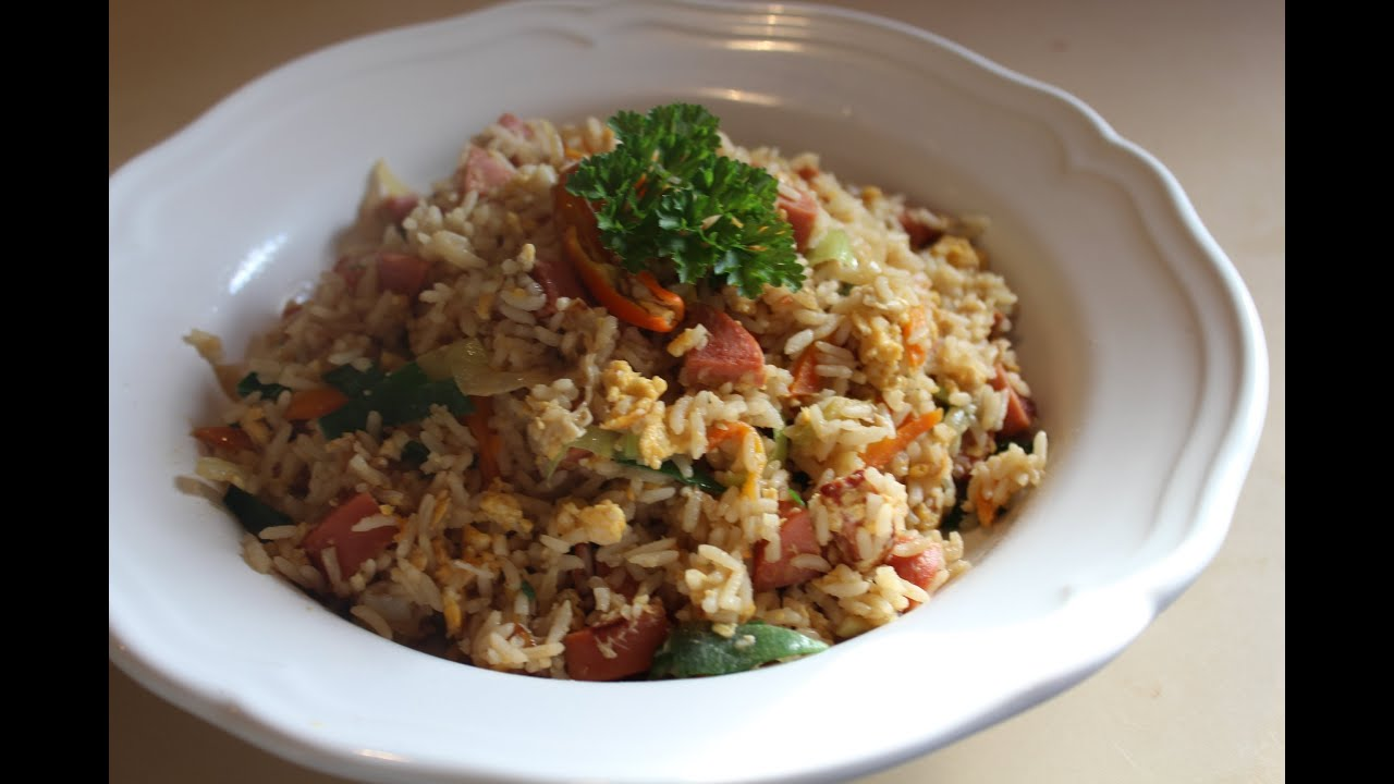 Thai Style Sausage Fried Rice - YouTube