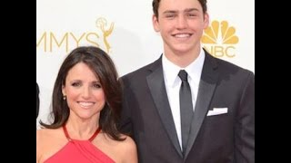 Julia Louis-Dreyfus' Son Makes History with College Basketball Teammates