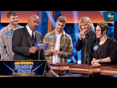 "the-chainsmokers-answer-""passion-fruit""---celebrity-family-feud"