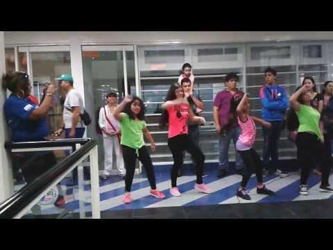 Flashmob Vellet Academia Inauguracin Vellet Dance Shop