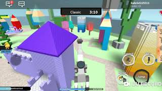 Destroying the city with the Giraffe Robot (ROBLOX)