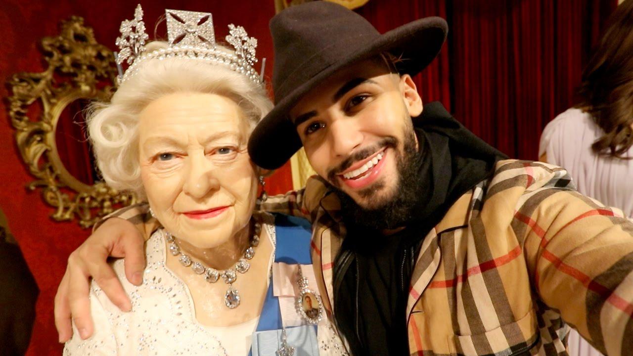 Meeting My Crush Queen Elizabeth Y9xho1umne4