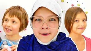 Смешное видео. Лучшие подружки Настя, Полен и ИгроБой Адриан. Баба Люба ЖЖЕТ! Игры для детей.