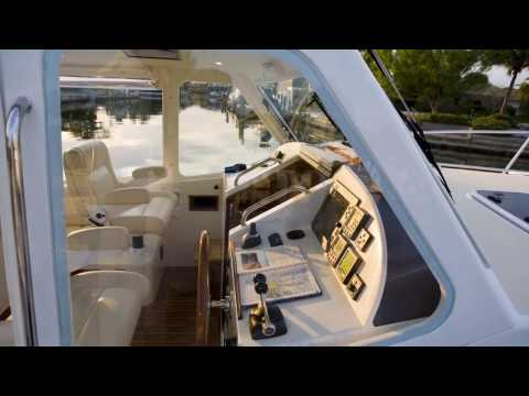 MJM 40z Review - Features - Video - Chandlery Yacht Sales