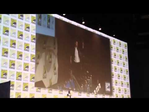 Gotham Cast Panel Introduced At Comic-Con #SDCC