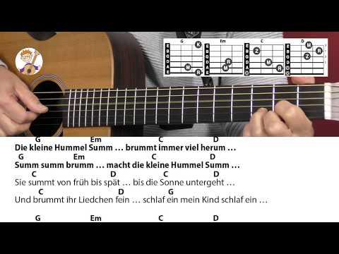 Die kleine Hummel Summ von Jürgen Fastje, Schlaflied, Akkorde & Text für Gitarre zum Mitspielen