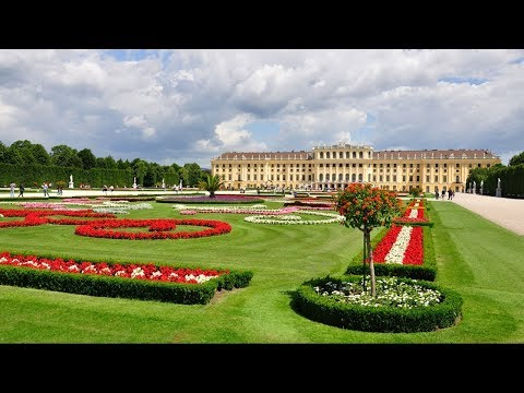 vienna-schonbrunn-palace-evening:-palace-tour,-dinner-and-concert