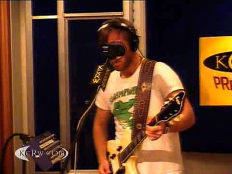 """The Black Keys performing """"Howlin' For You"""" on KCRW"""