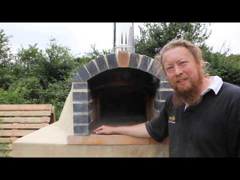 Building our wood fired pizza oven in pictures