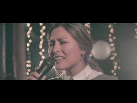 Paz Aguayo - Tu Gloria  (Video Oficial)