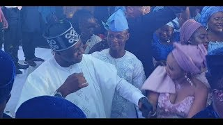 Femi Adebayo, Odunlade Adekola Dance shaku Shaku As Jigan sings Sho mo Age Mi at OBA Wedding 2018